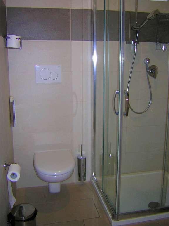 Camera tipo letto singolo velehrad - Kit cortesia bagno ...